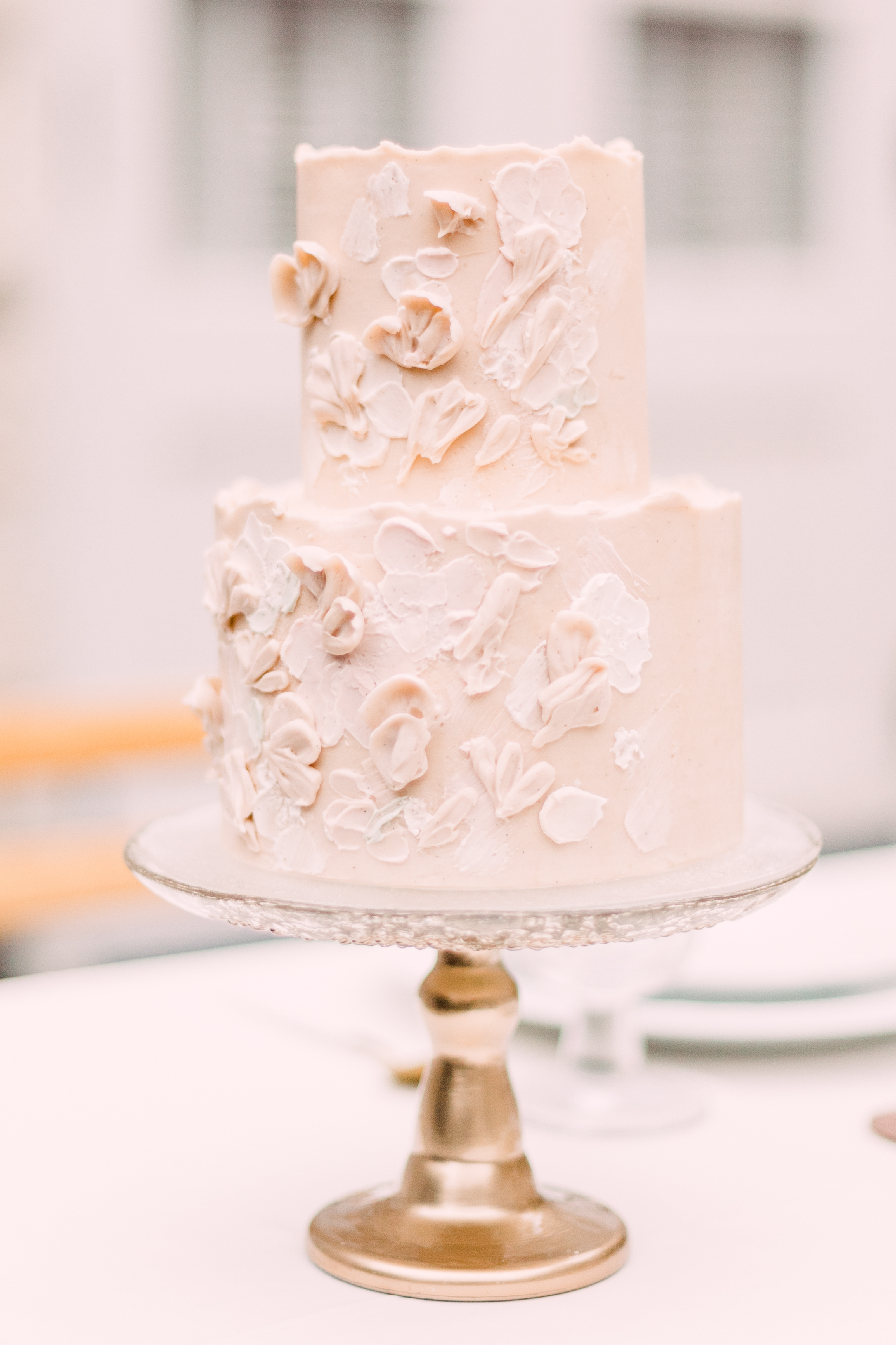 Wedding Cake at Chateau Bellevue in Austin, Texas