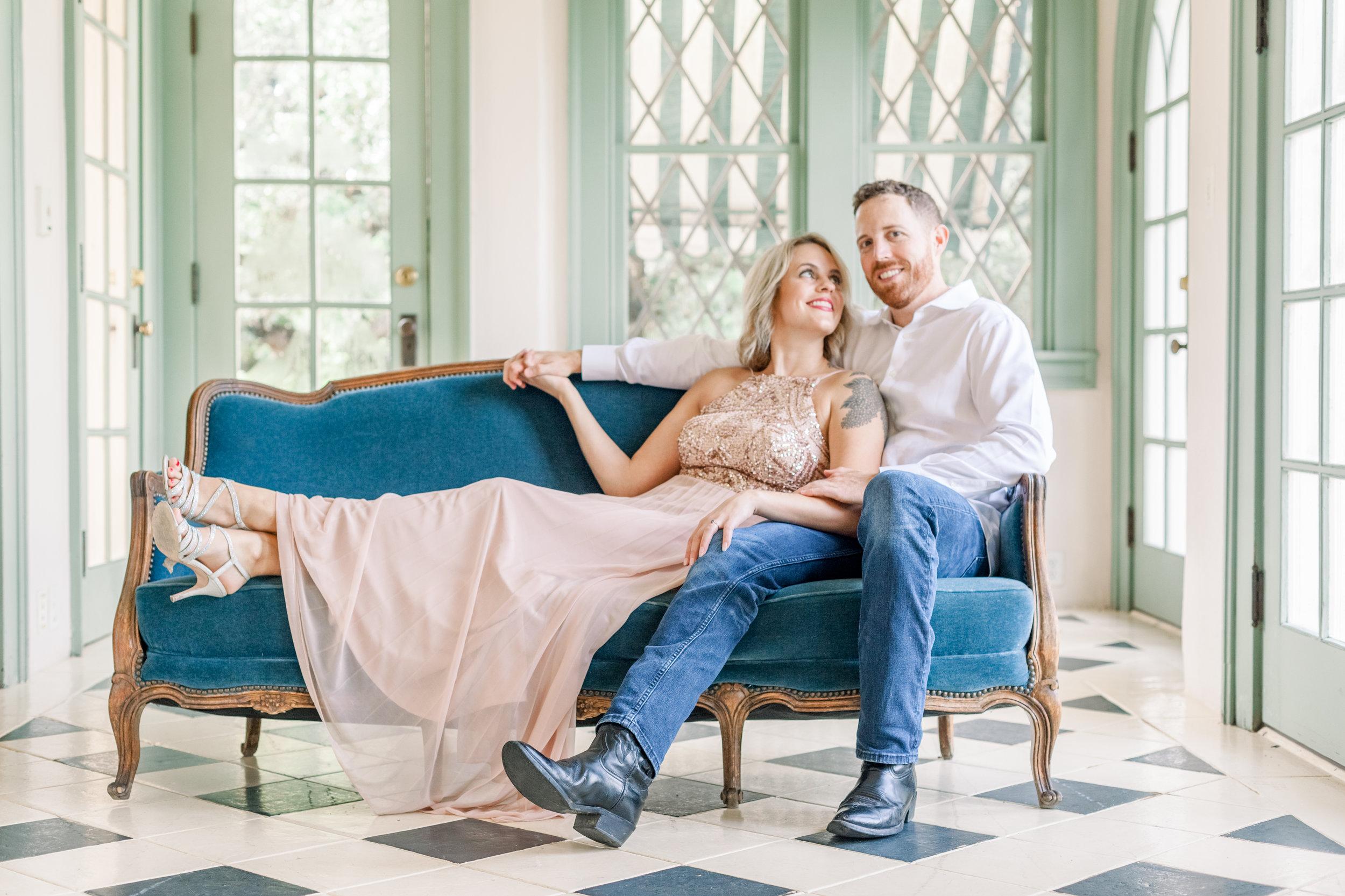 Couple sitting at Laguna Gloria in Austin, Texas