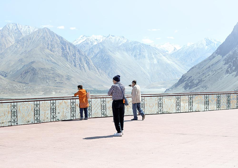 Sightseeing, Nubra Valley, Ladakh, 2017.jpg