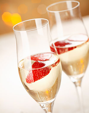 Champagne-with-Strawberries-web.jpg