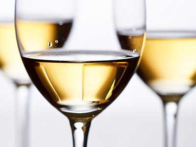 white-wine-glasses-web.jpg