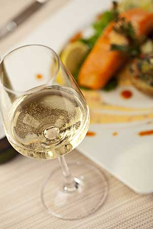 Wine-and-Fish-web.jpg