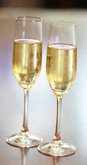 Glass-Champagne3.jpg