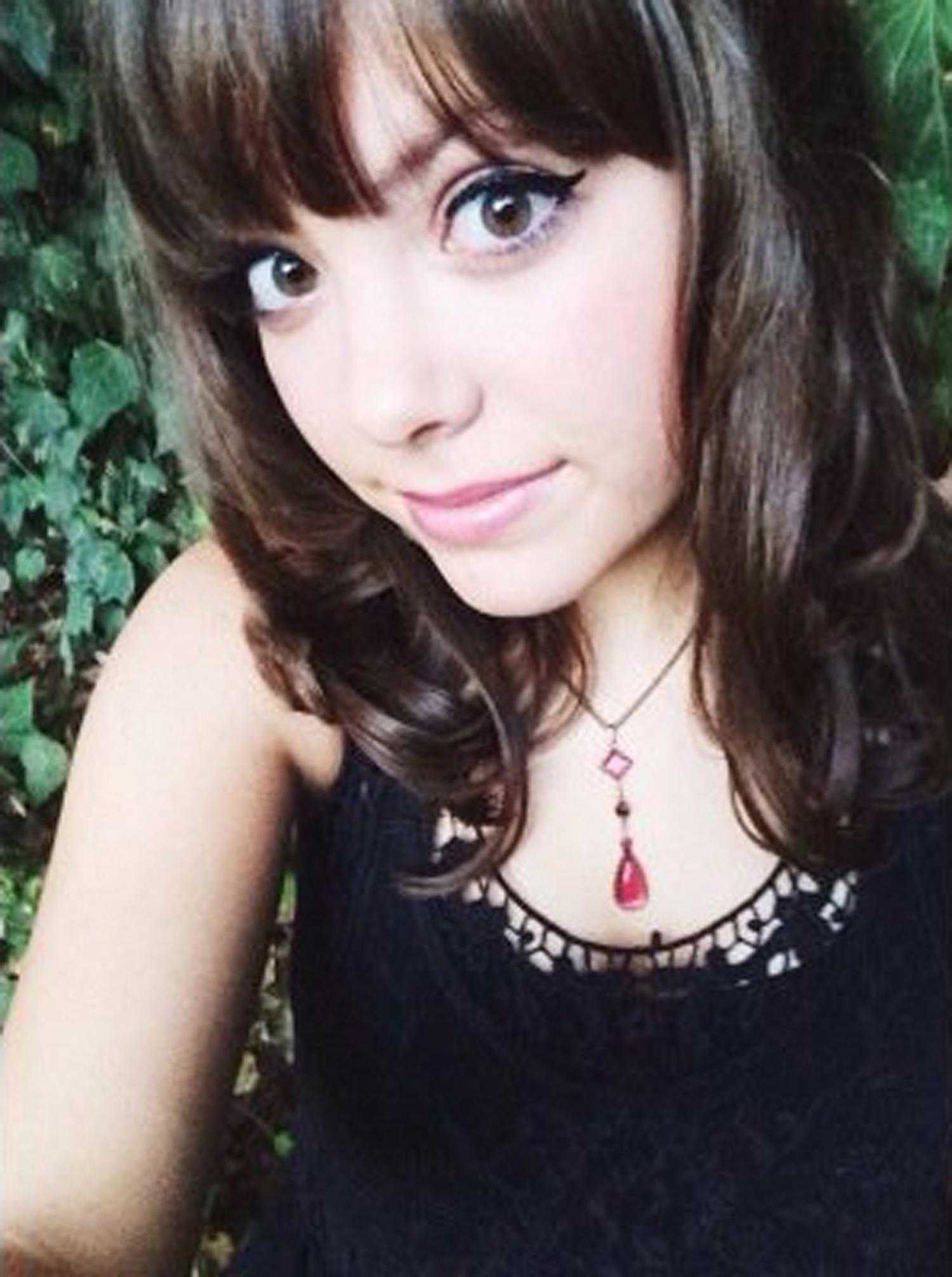 Natalie-Red-Necklace-web.jpg