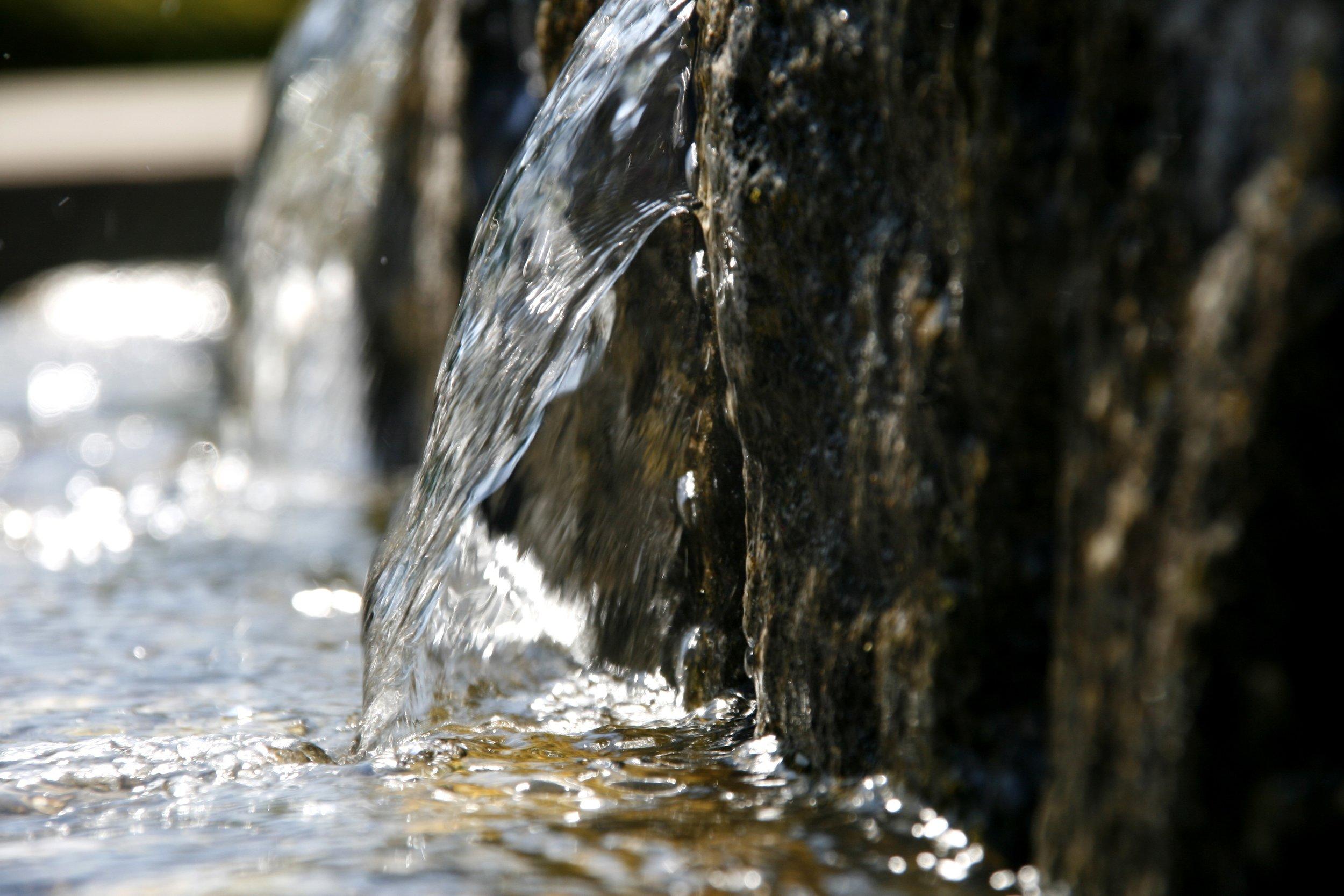 water-650234.jpg