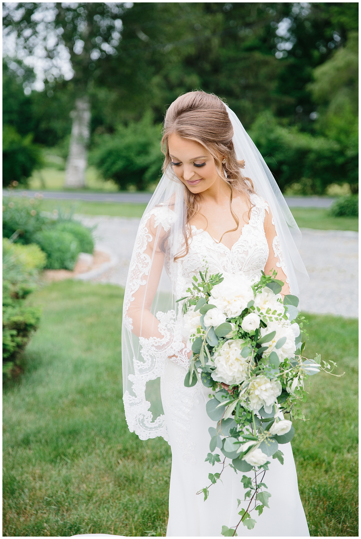 Tyler + Brynn + Botanical Gardens + Roger Williams + Rhode Island + Wedding_0031.jpg
