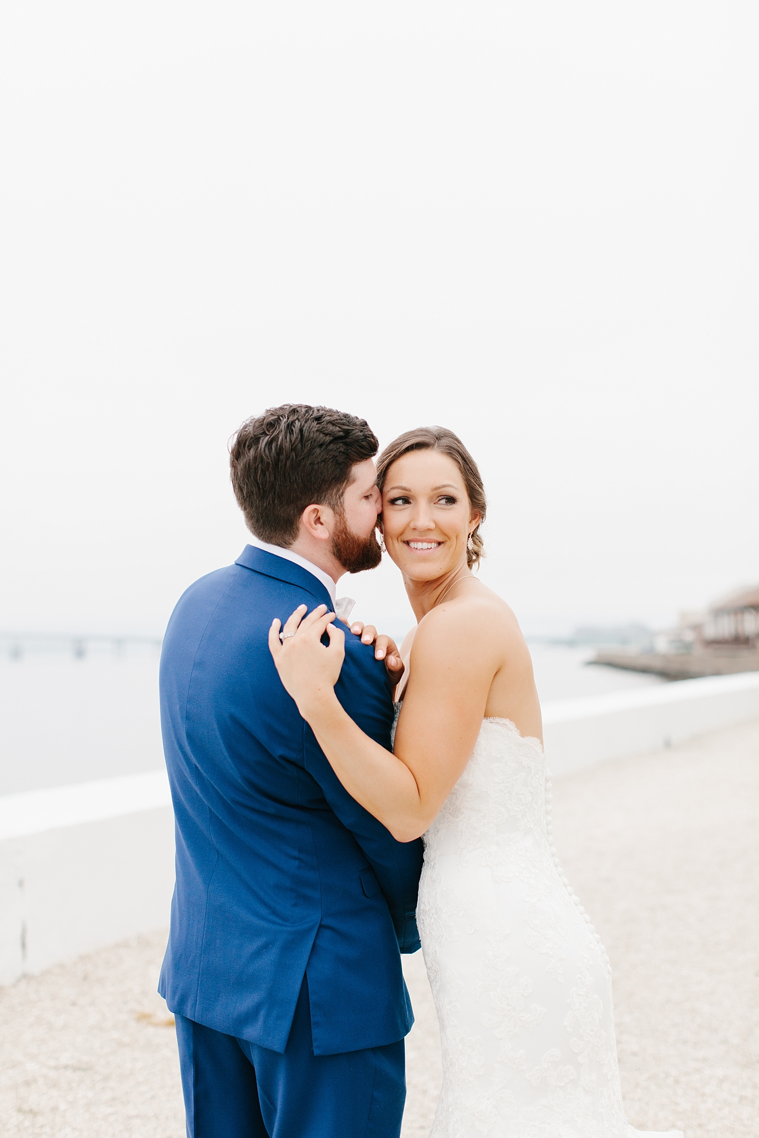 Nick_Kim_Belle_Mer_Island_House_Wedding_021.jpeg
