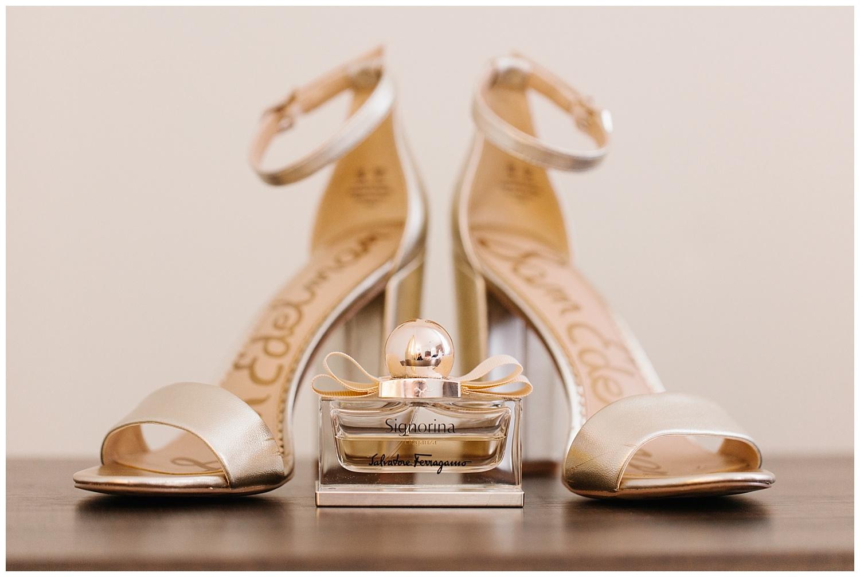 Stephen_Nathalie_Rosecliff_Mansion_Wedding_004.jpeg