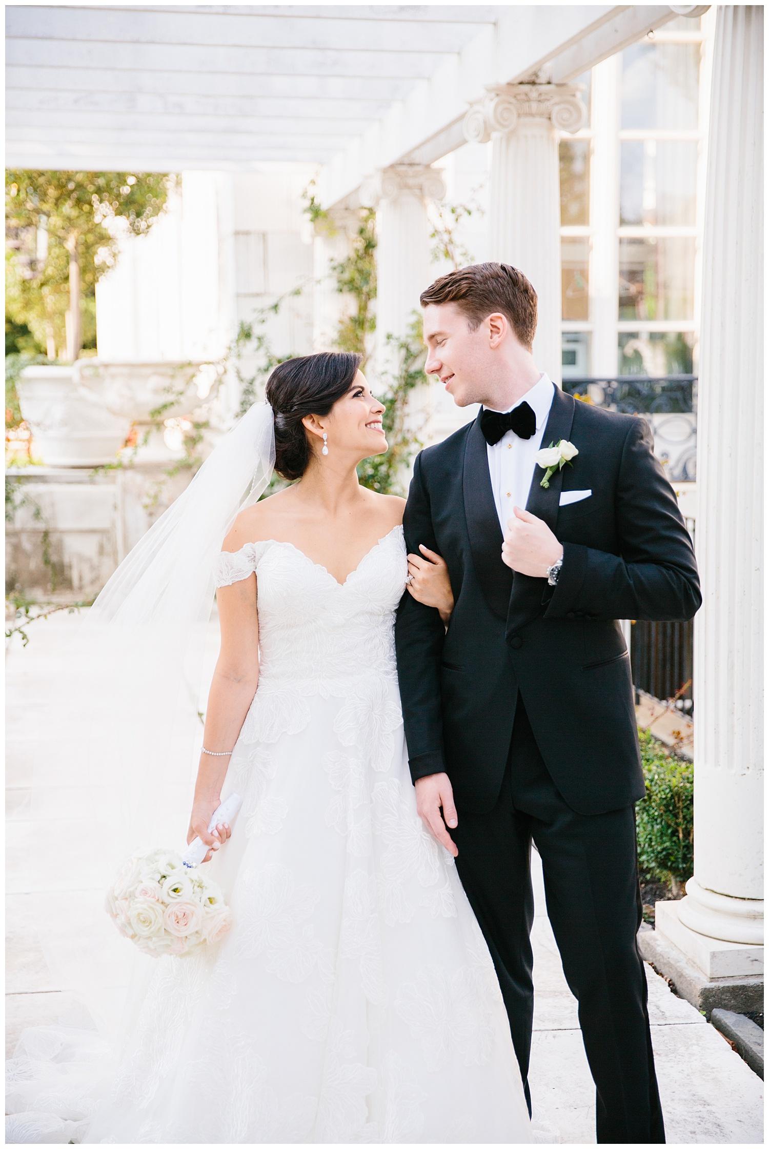 Stephen_Nathalie_Rosecliff_Mansion_Wedding_011.jpeg