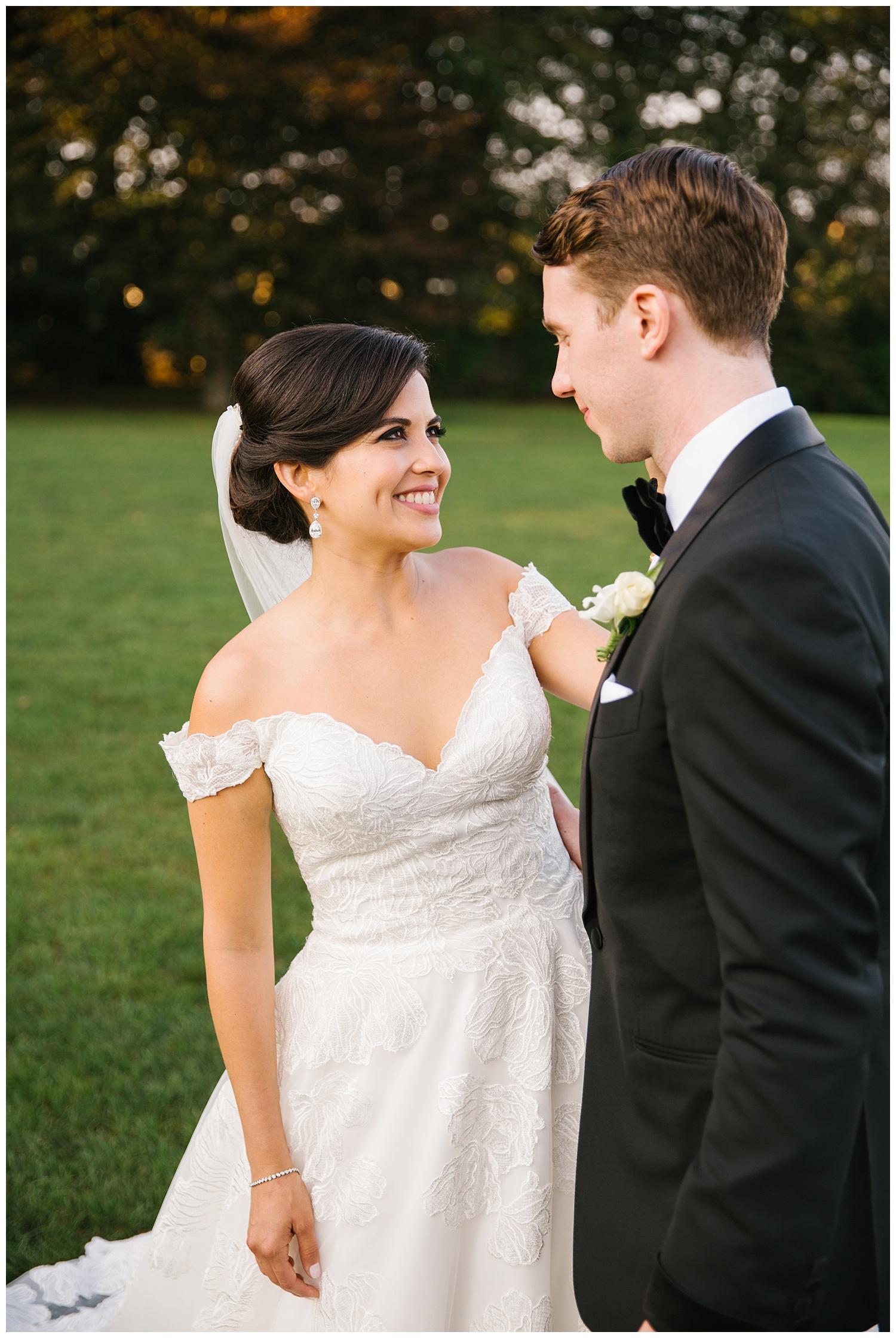 Stephen_Nathalie_Rosecliff_Mansion_Wedding_022.jpeg