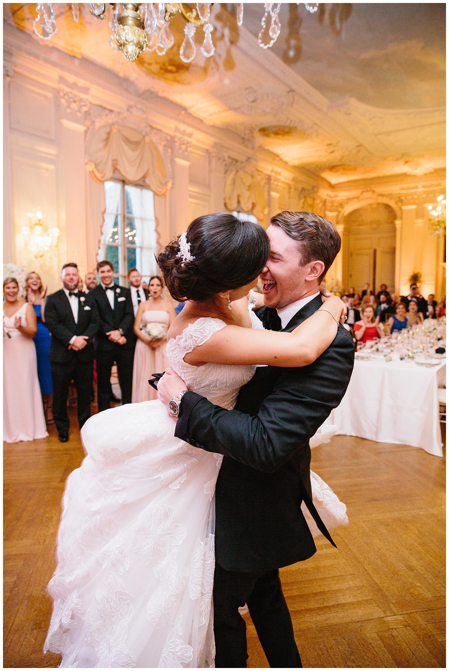 Stephen_Nathalie_Rosecliff_Mansion_Wedding_027.jpeg