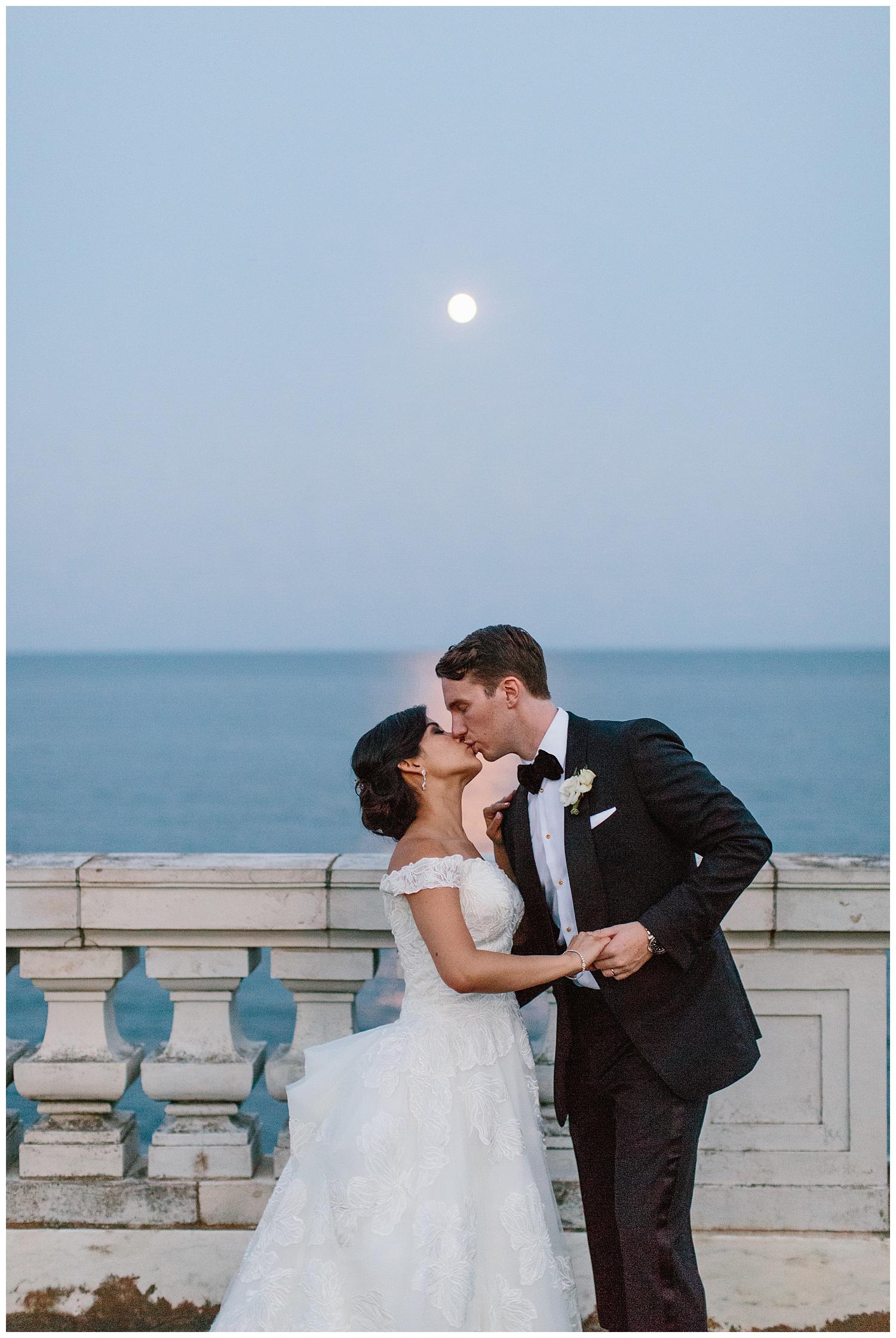Stephen_Nathalie_Rosecliff_Mansion_Wedding_030.jpeg