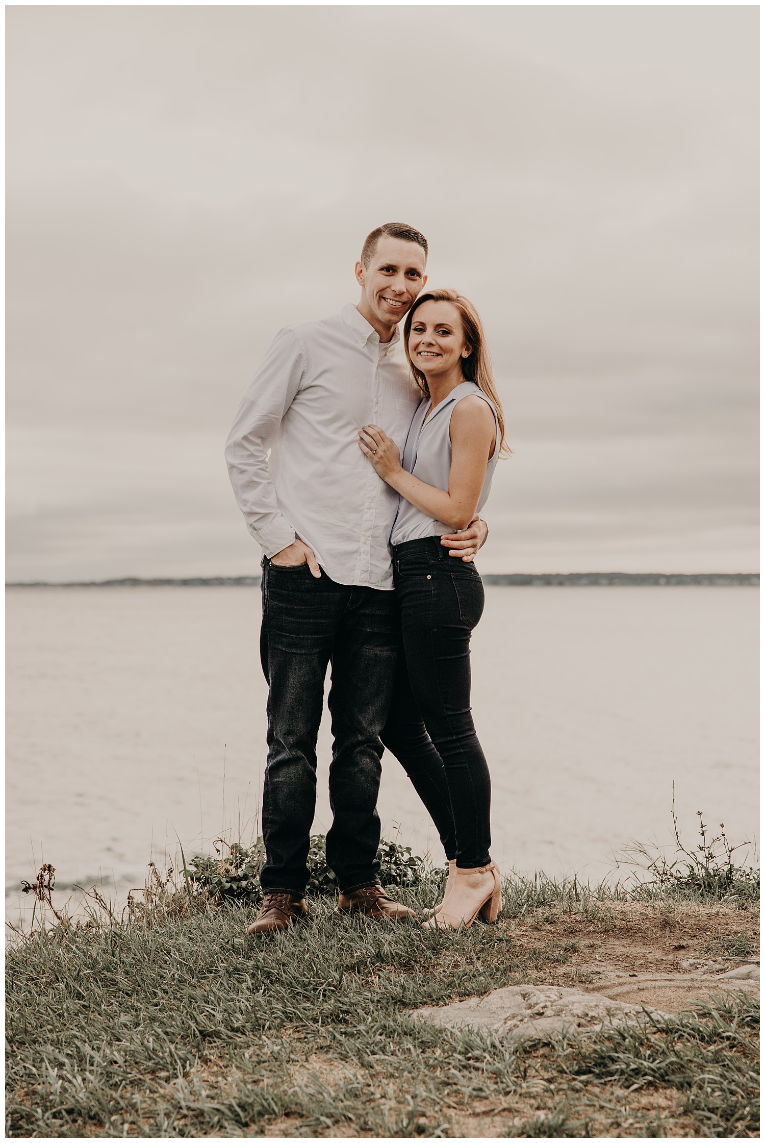 Dan_Sunni_Beavertail_Point_Engagement_Session_003.jpeg