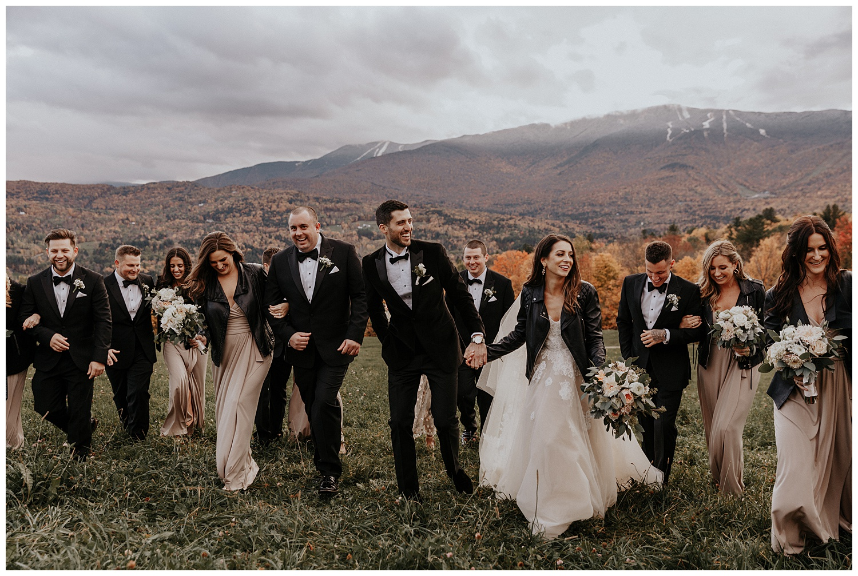 mike-mel-rural-autumn-fall-modern-wedding-mad-river-barn-waitsfield-vermont28.jpg