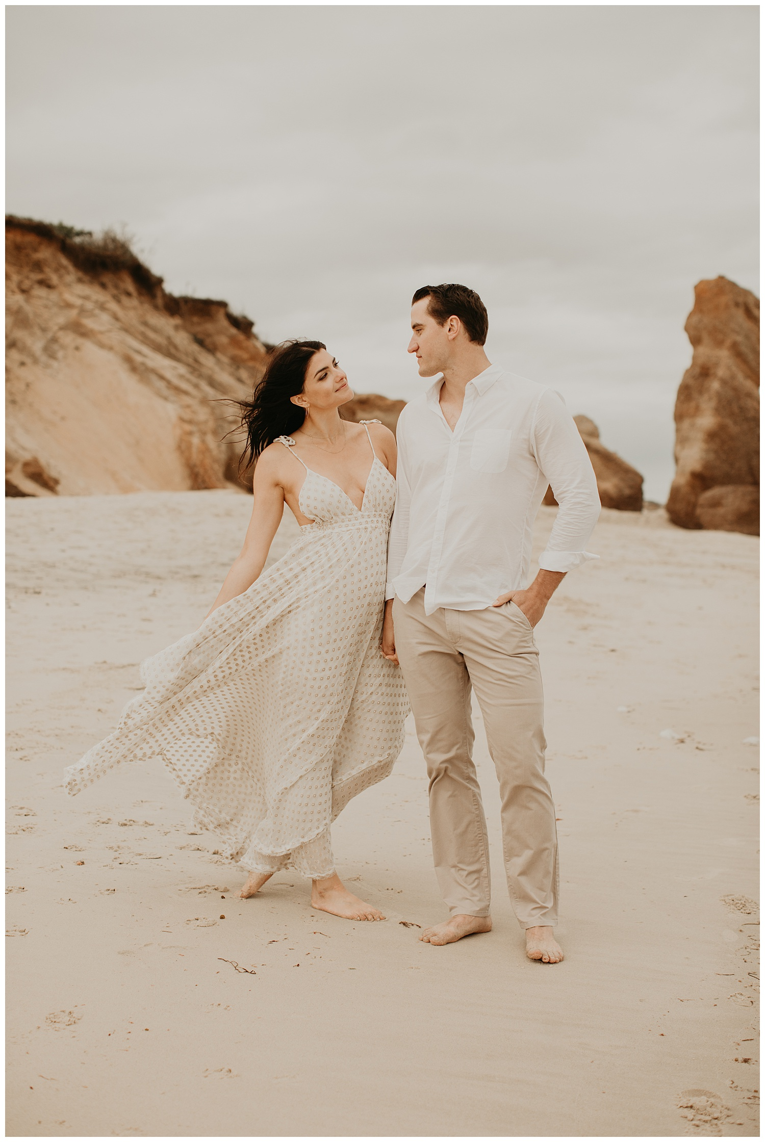 tim-olivia-beach-boho-engagement-session-marthas-vineyard-massachusetts11.jpg