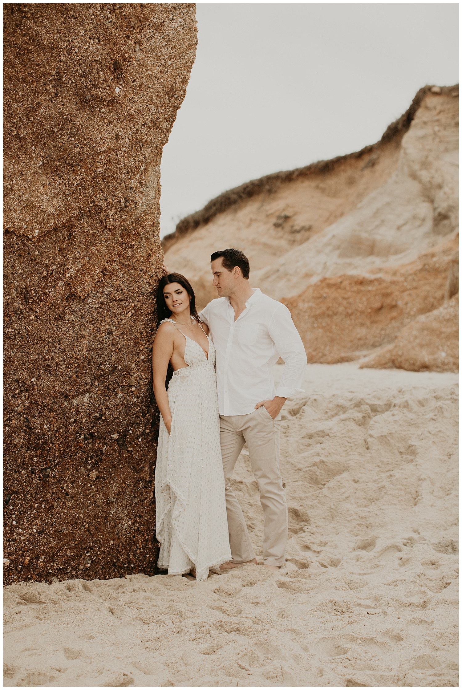 tim-olivia-beach-boho-engagement-session-marthas-vineyard-massachusetts10.jpg