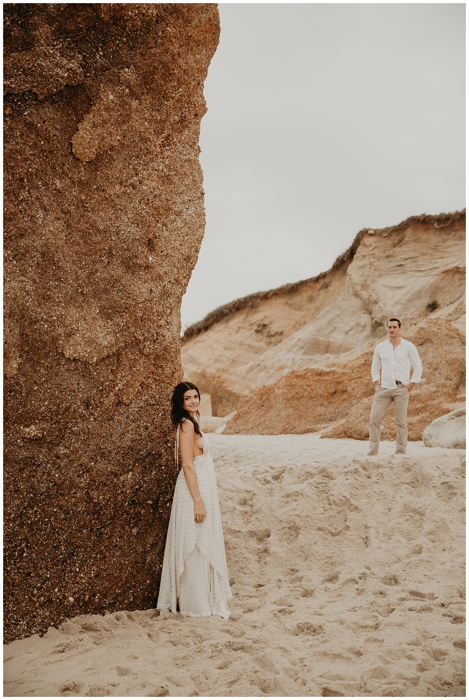 tim-olivia-beach-boho-engagement-session-marthas-vineyard-massachusetts19.jpg