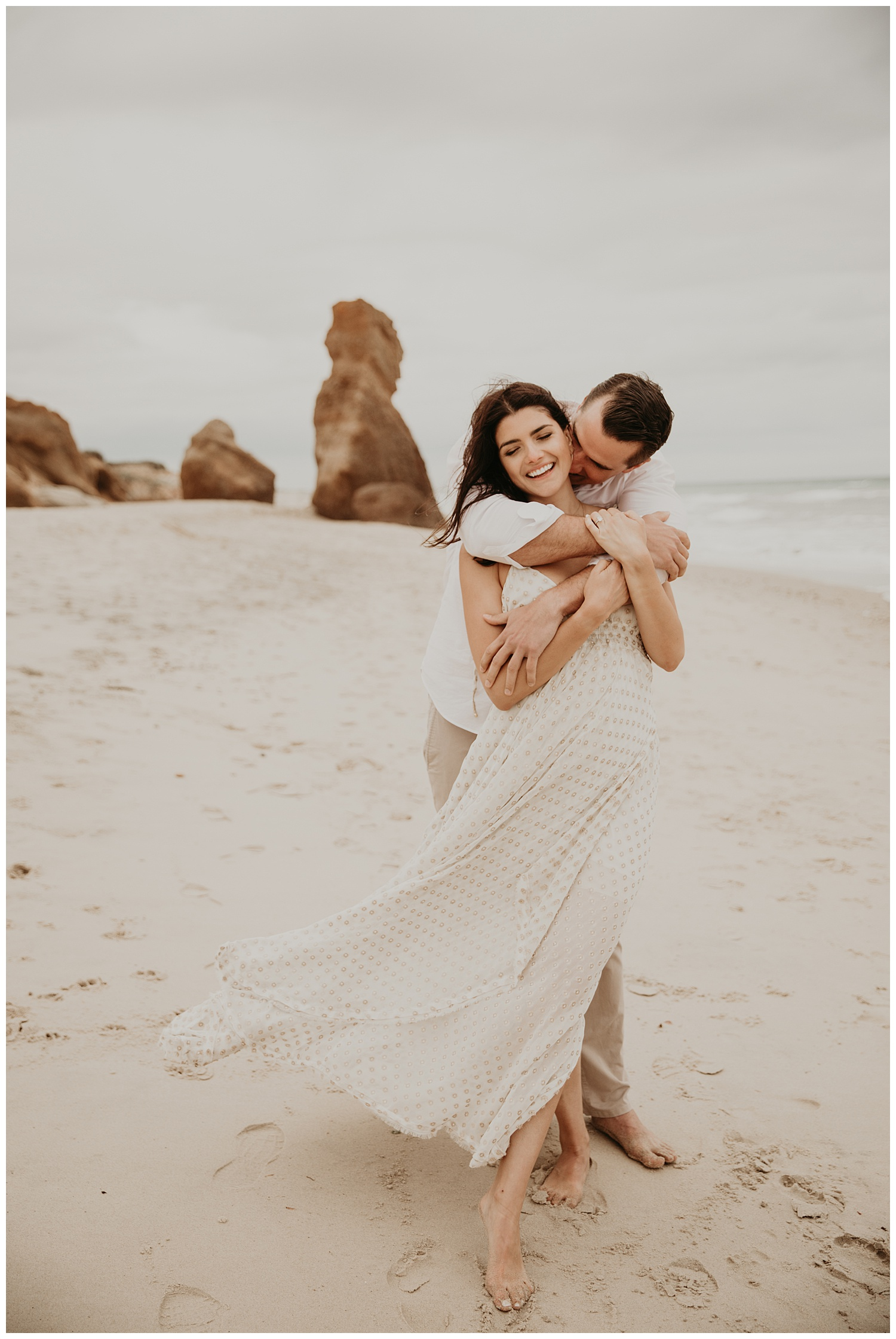tim-olivia-beach-boho-engagement-session-marthas-vineyard-massachusetts22.jpg