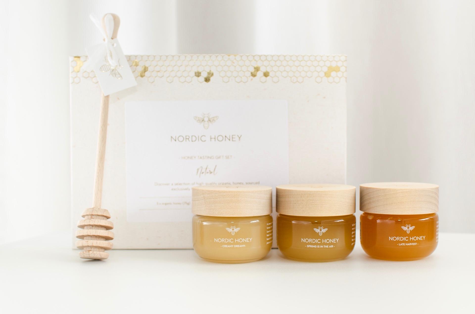 Nordic Honey_mee degusteerimise kinkekomplekt mahemeega_kinkemesi_puidust kaanega_firmakingitused jõuludeks