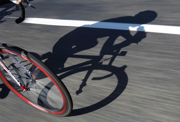 Hidratarse durante el ciclismo es primordial