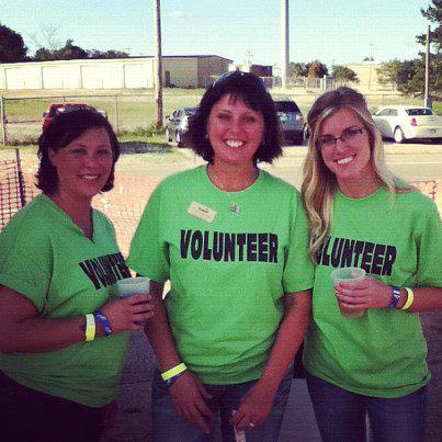 TLC-volunteer-gals.jpg