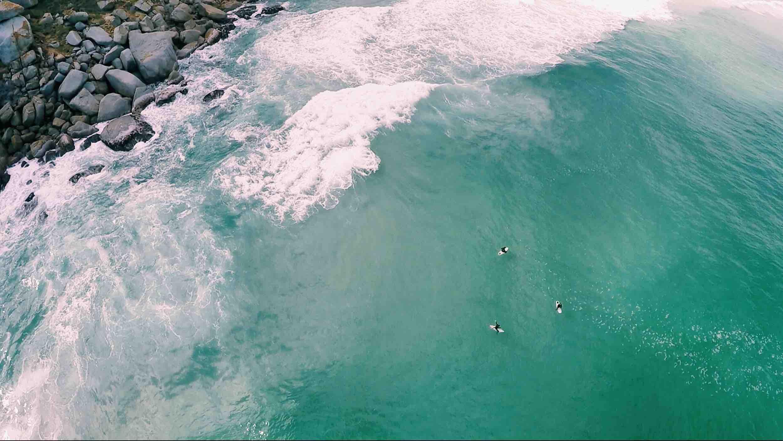 surfing_drone.jpg
