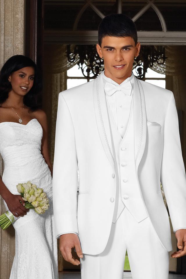 wedding-tuxedo-white-el-rey-715-1.jpg