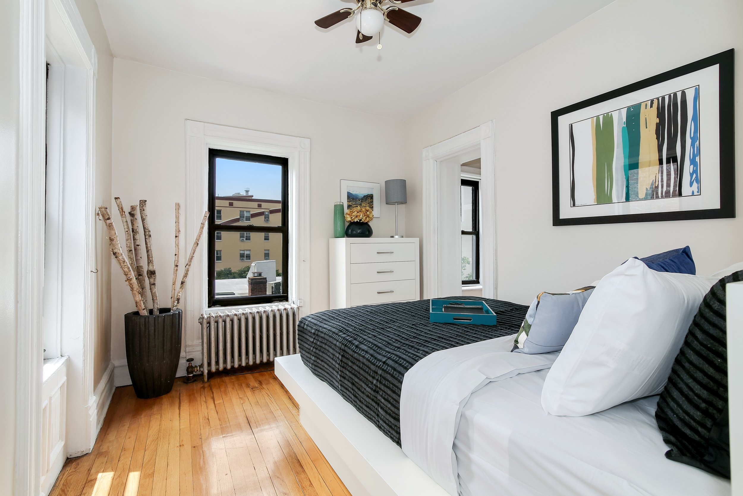 184 Clinton Ave Bedroom.jpg