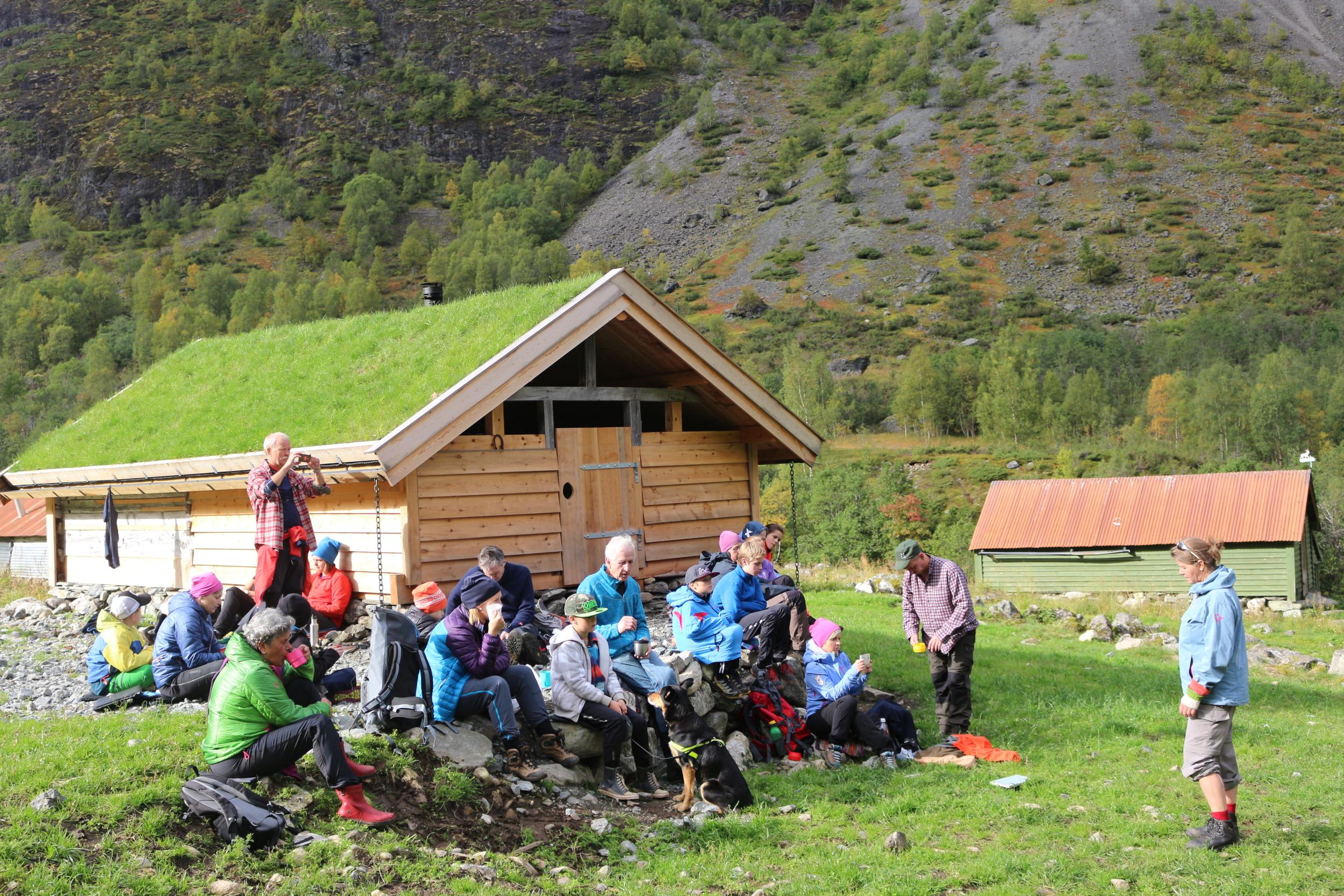 Hjømo Dyrdal Naroyfjorden Vestnorsk Fjordlandskap