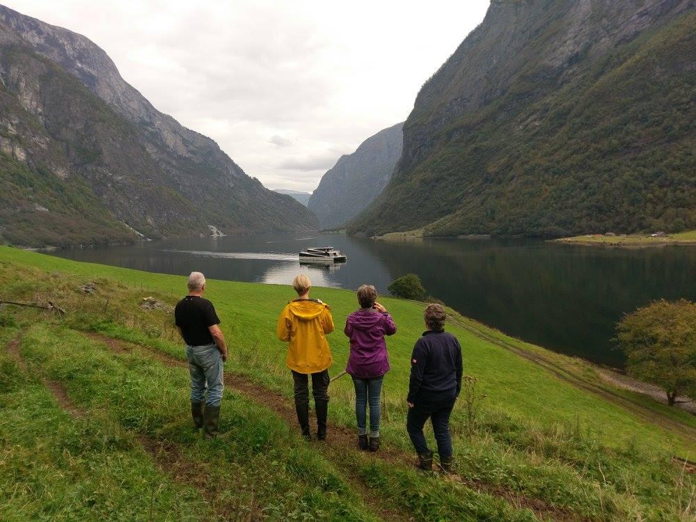 folkogfjord.jpg
