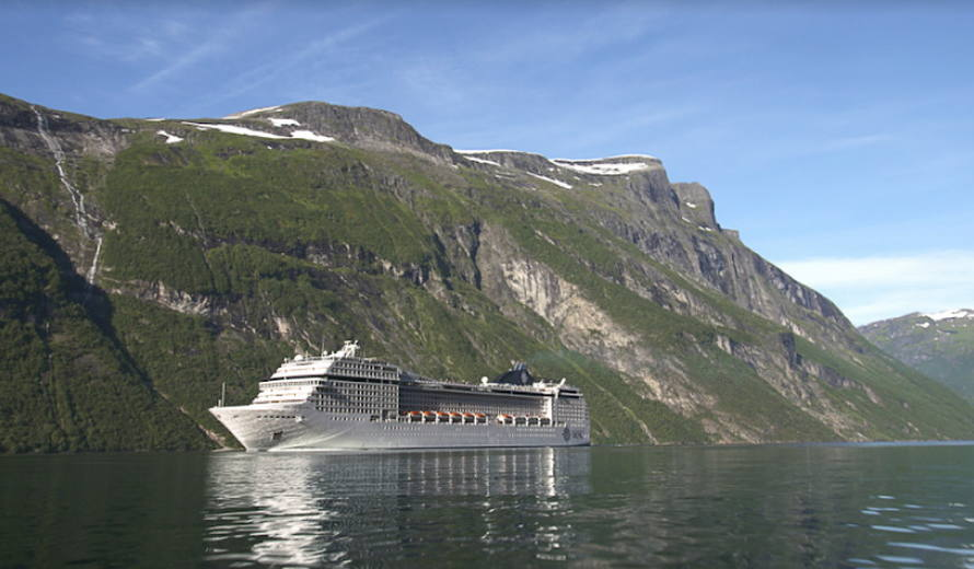 A cruise ship in the West Norwegian Fjords – Geirangerfjord and Nærøyfjord World Heritage site © UNESCO / Hyperthese Productions