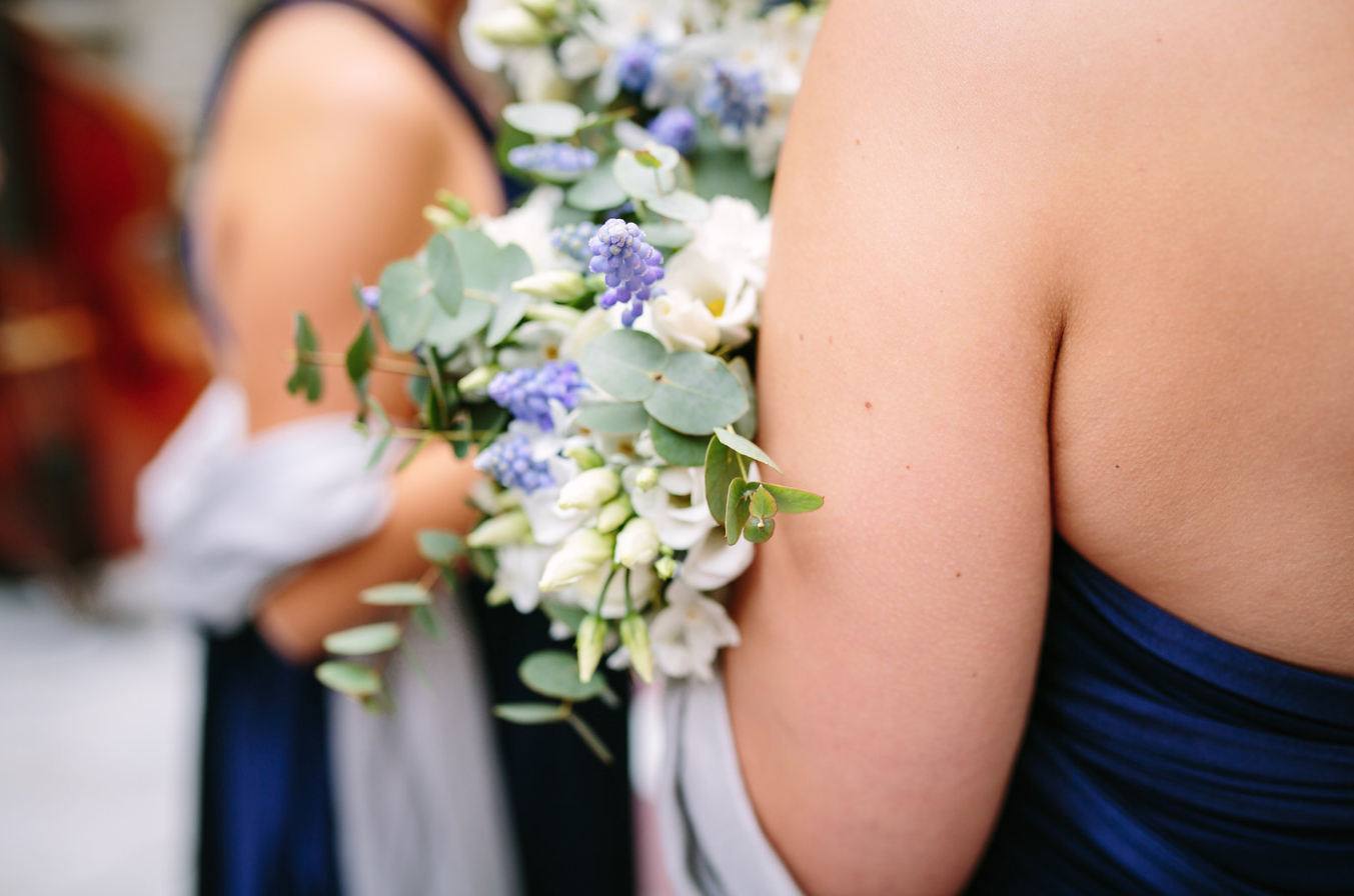 kent florist Jennifer Pinder London wedding in Dartmouth house spring flowers in blue and white 13.png