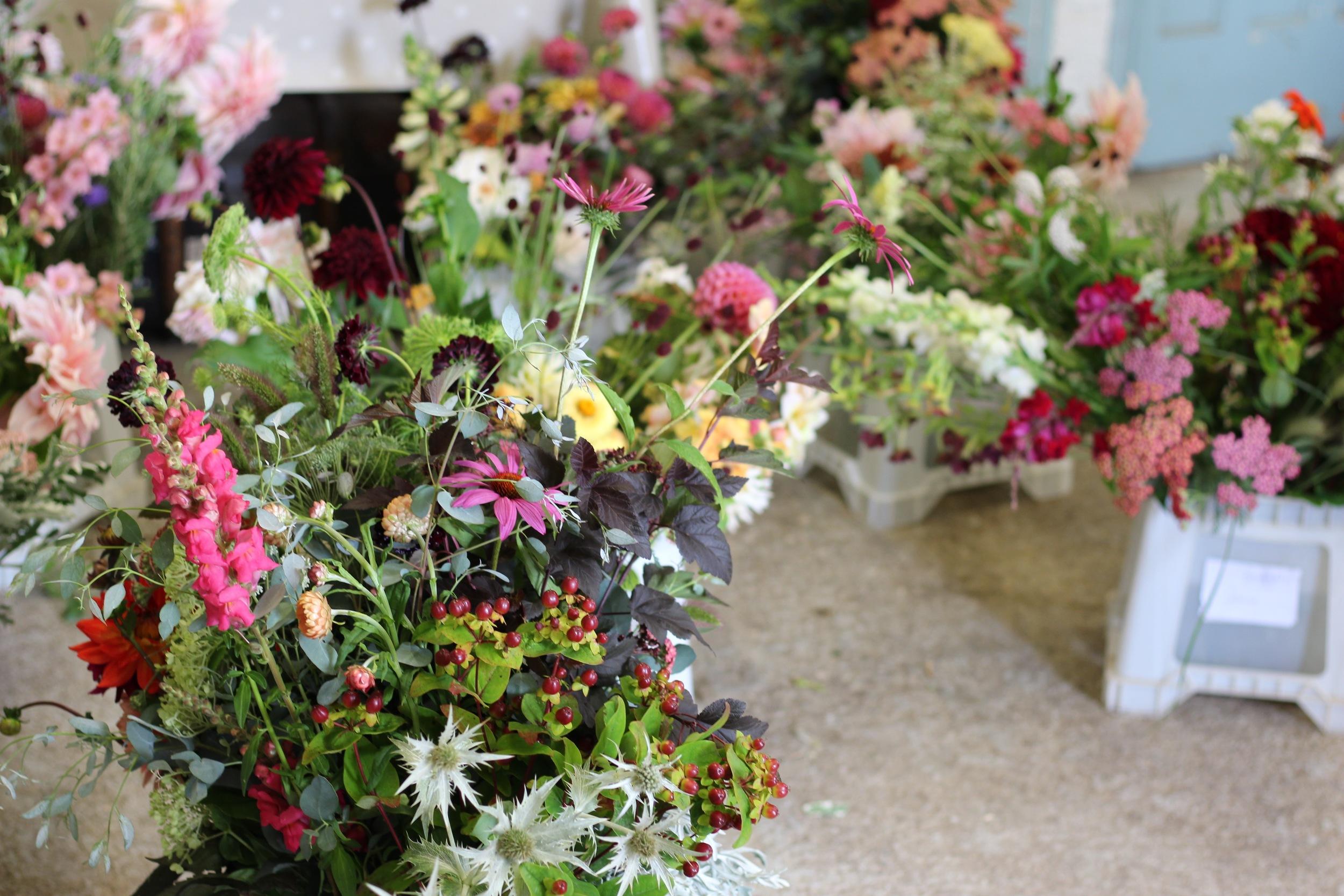 Kent florist Jennifer Pinder flowers for your wedding in Chiddingstone Penshurst Hever Tunbridge Wells Sevenoaks