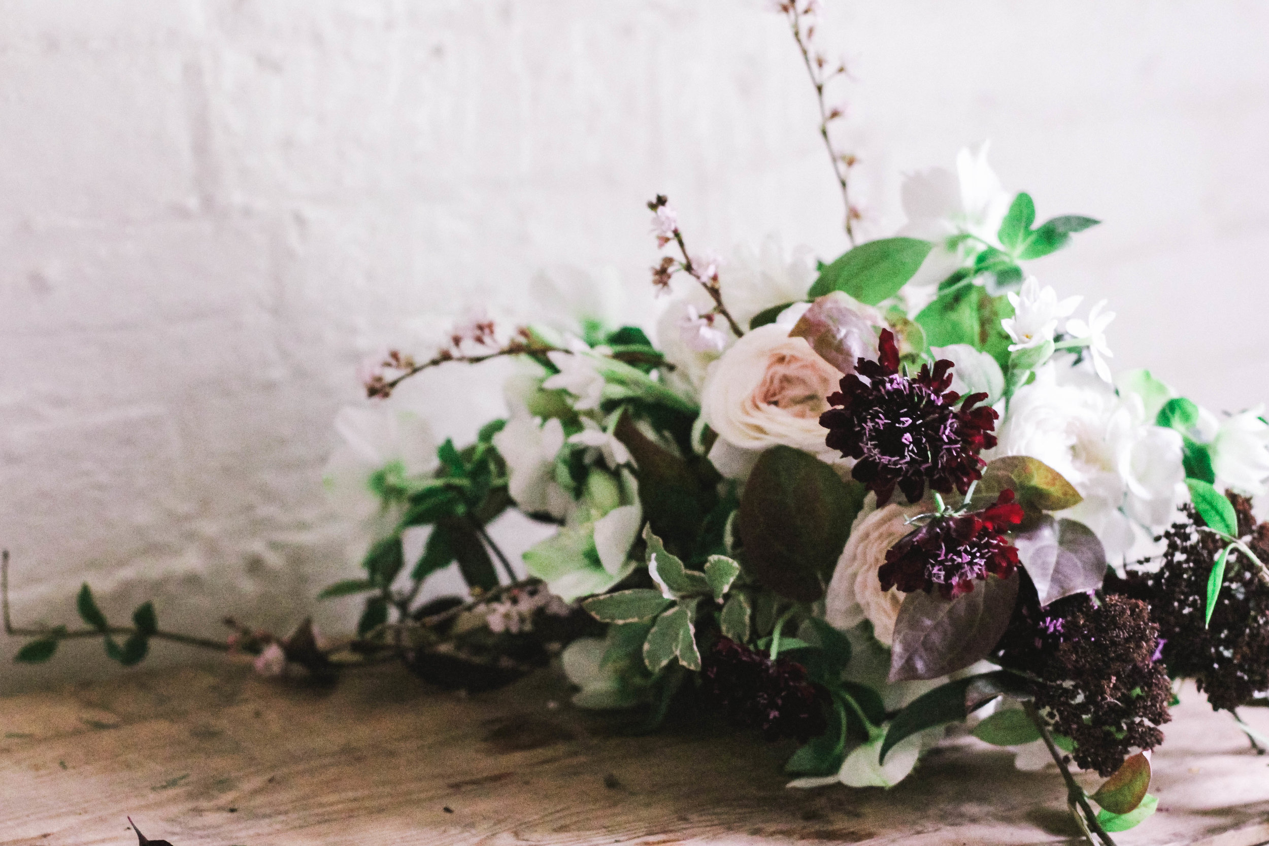 Emma from A Quiet Style Comes to the Jennifer Pinder Floral Studio in Kent. Bouquet and table workshop with photography tips