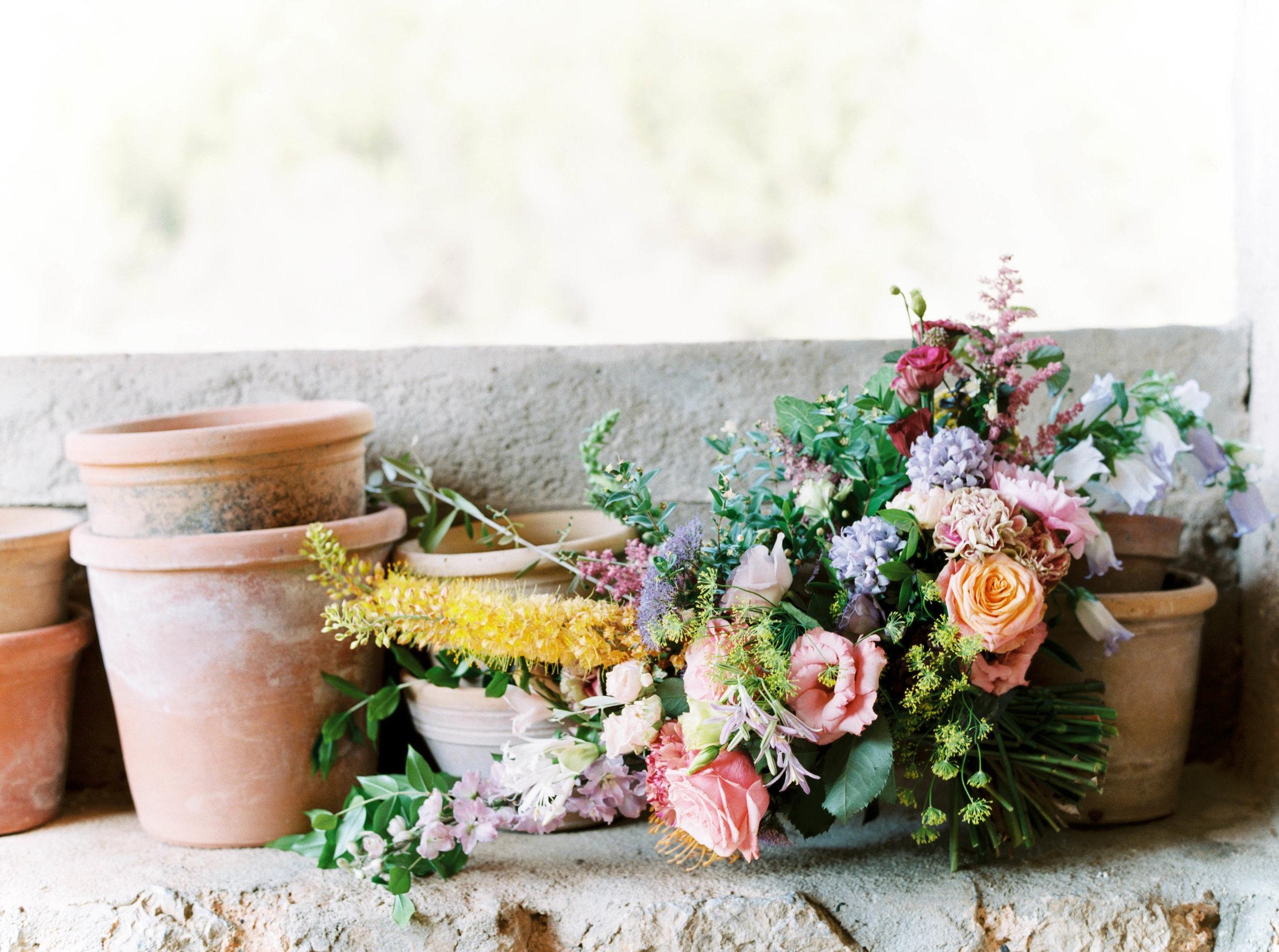 By  A  manda Jewel Floral Design