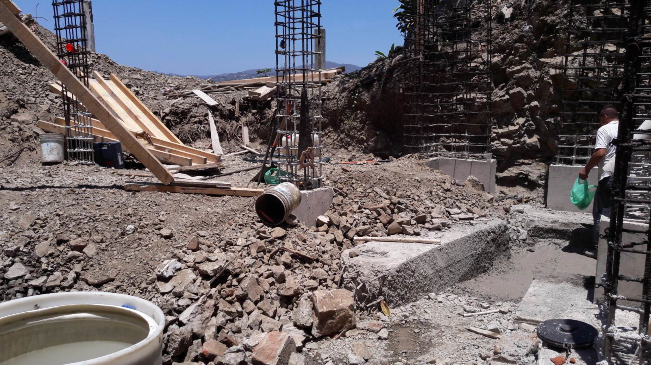 Filling foundations
