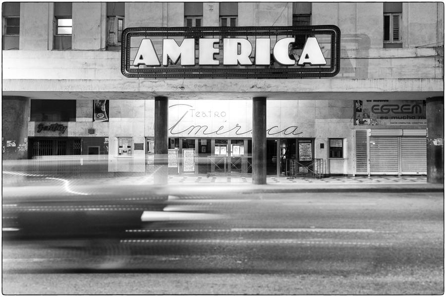 DJulian_Cuba_ Havana_TeatroAmerica-sfx.jpg