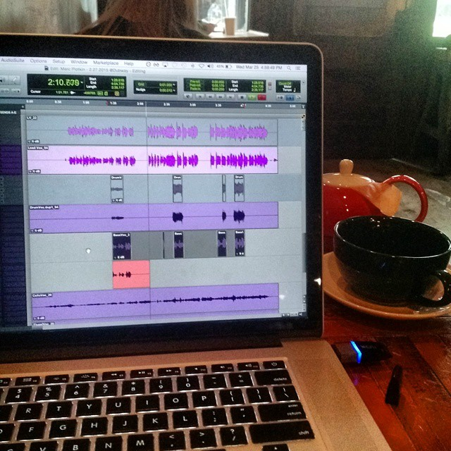Coffeeshop Editing. It's actually working very well. #music #producing #protools #greentea (at Black Brick Coffee)