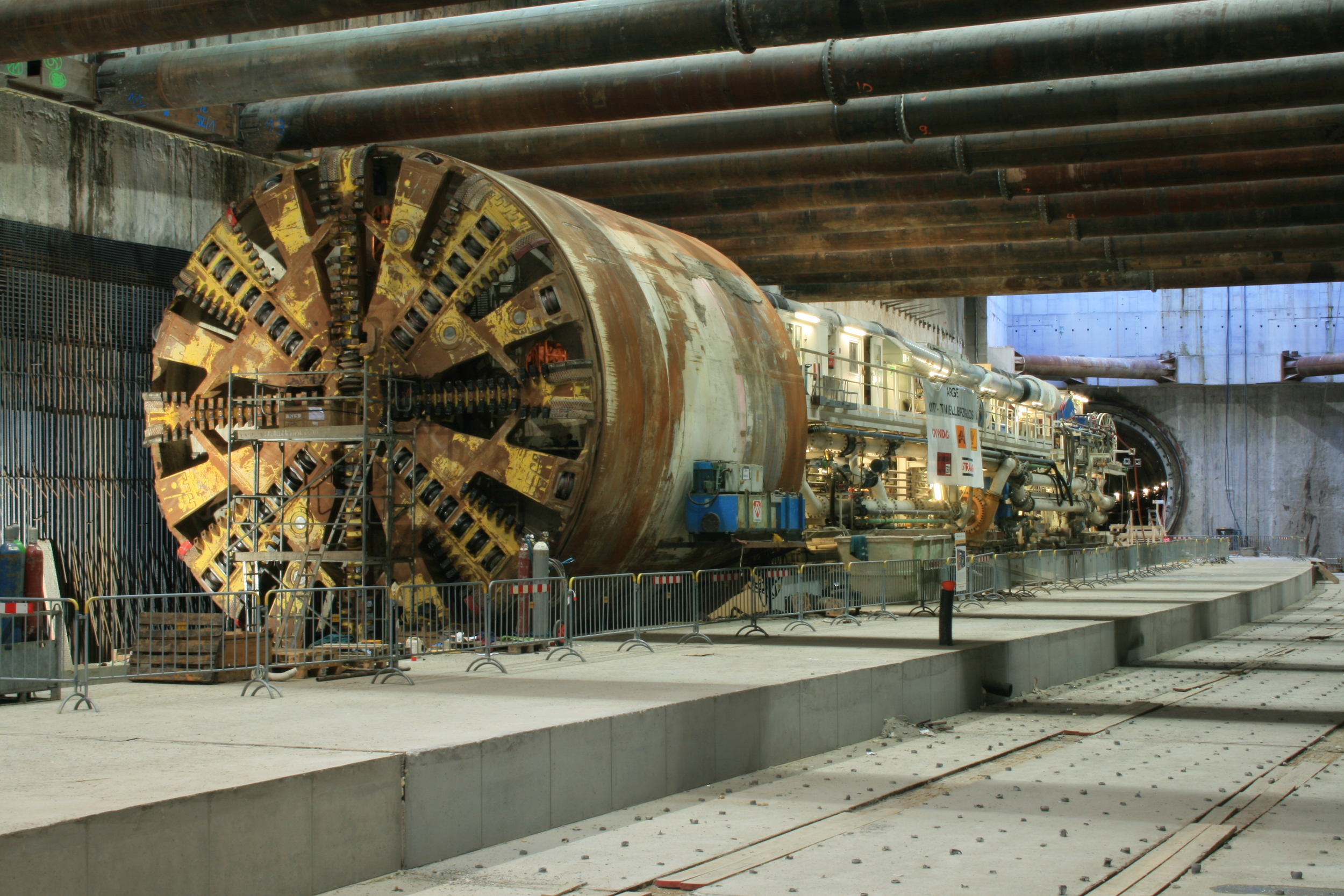 Tunnel Boring Machine during construction of the Leipzig City Tunnel Rail Link   [photo by Ingbife]
