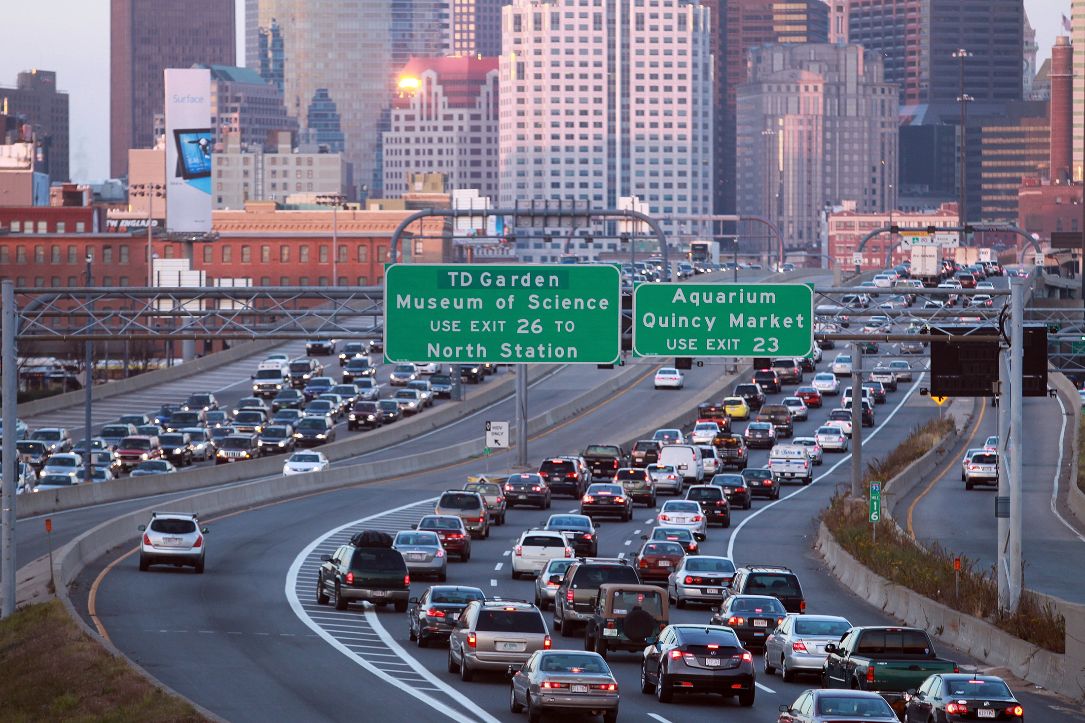 Five years after the completion of the world's most expensive highway project, and in the absence of adequate transit improvements, the region's major north-south highway remains gridlocked in both directions. [© Boston Herald Staff Photo by Matt Stone, 11/21/2012]