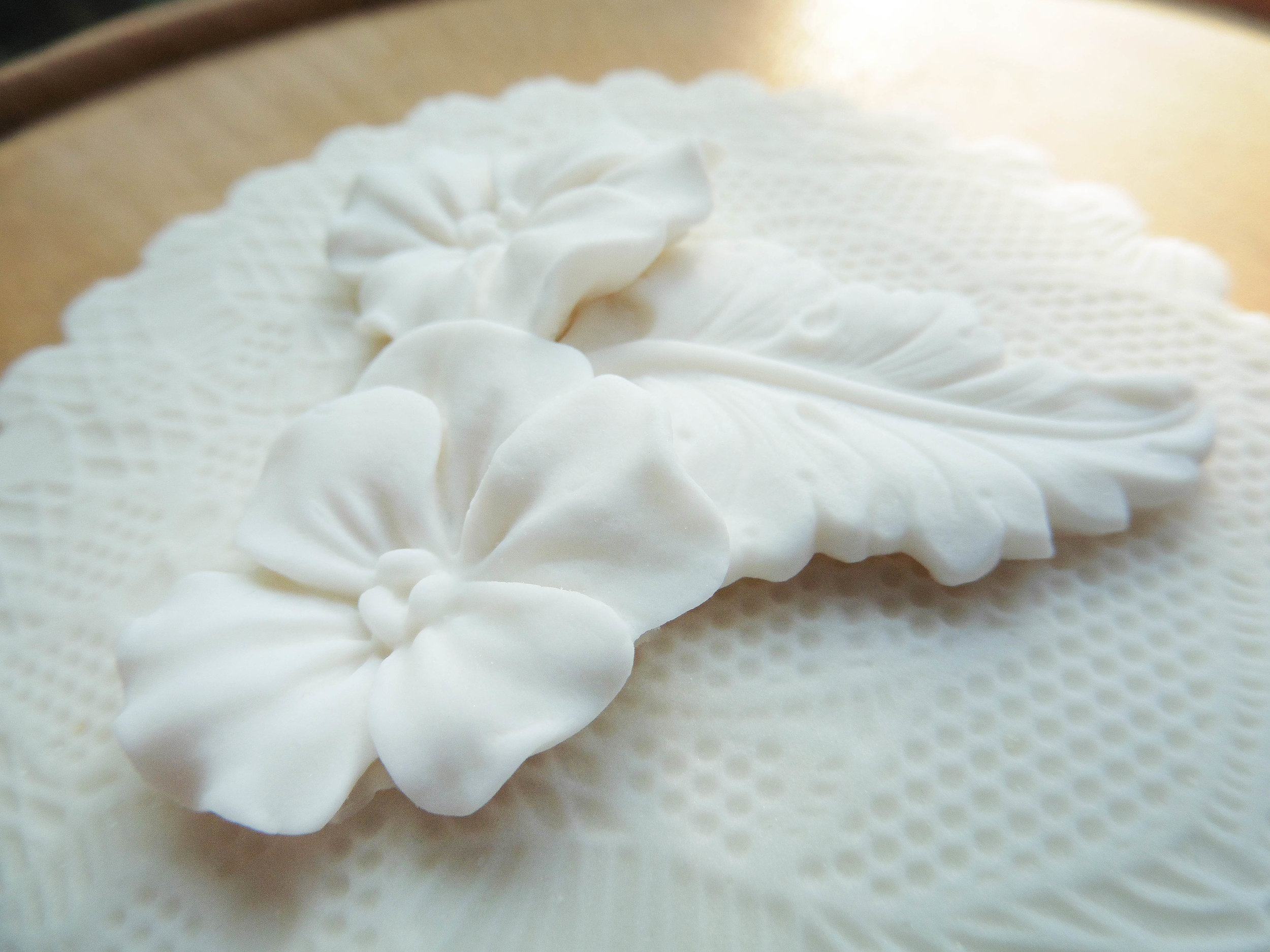 Icing Flower and Lace Biscuit