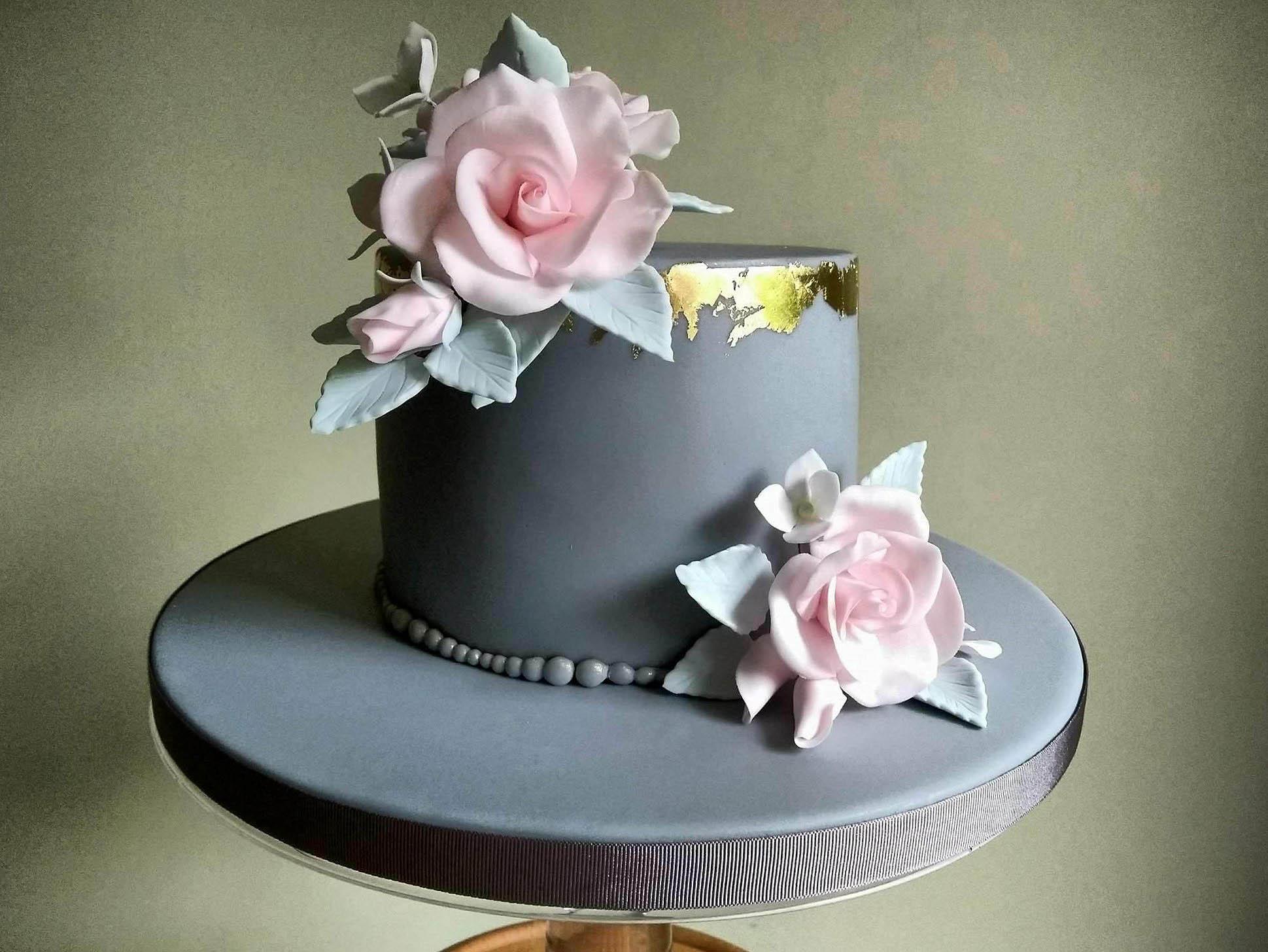 Golden Anniversary Cake (phone).jpg