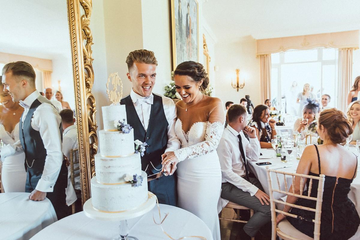 Pronovias-bride-outdoor-wedding-24.jpg