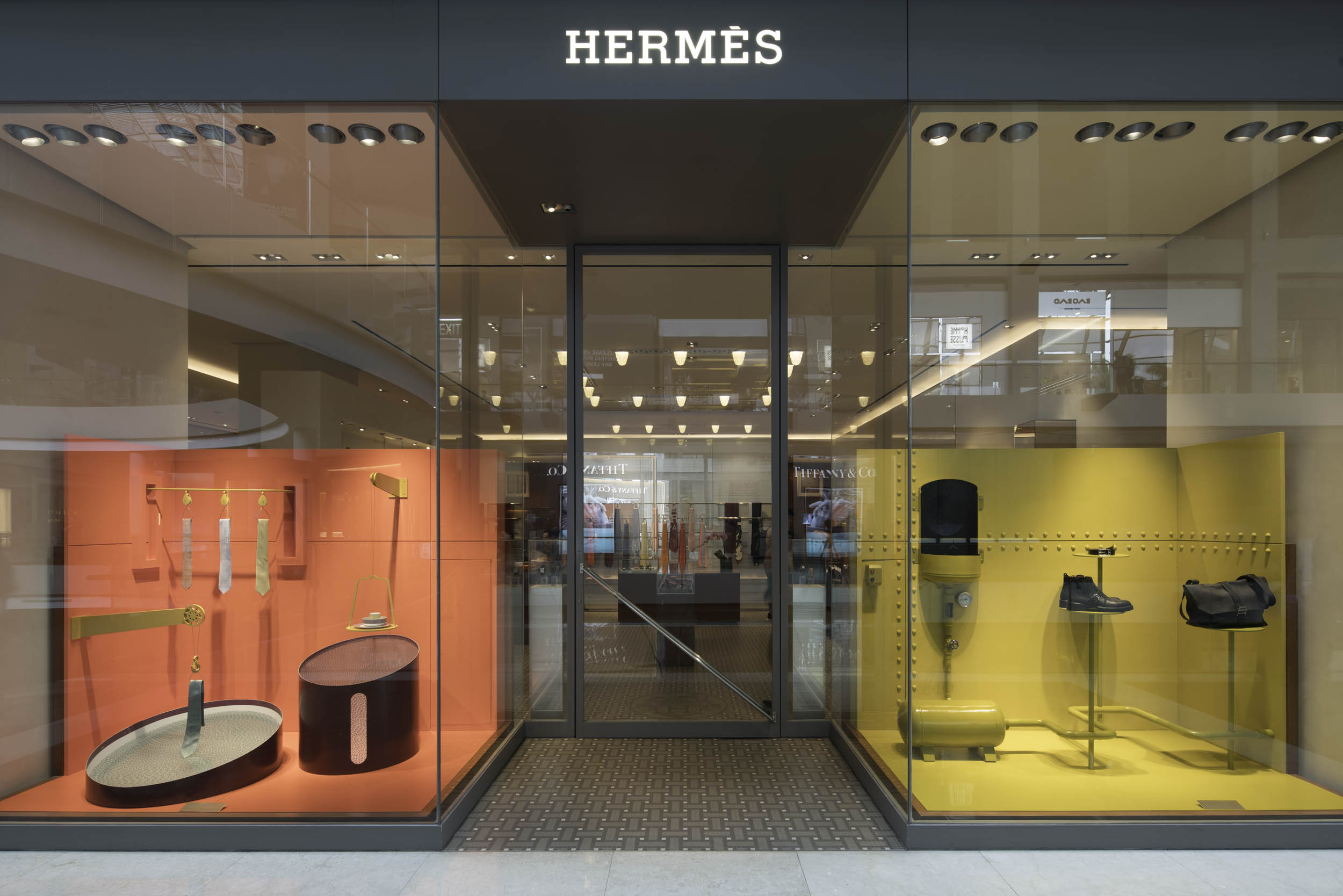 Client  Olivia Lee  Project  Hermes, Marina Bay Sands  Location  Singapore  Year  2018
