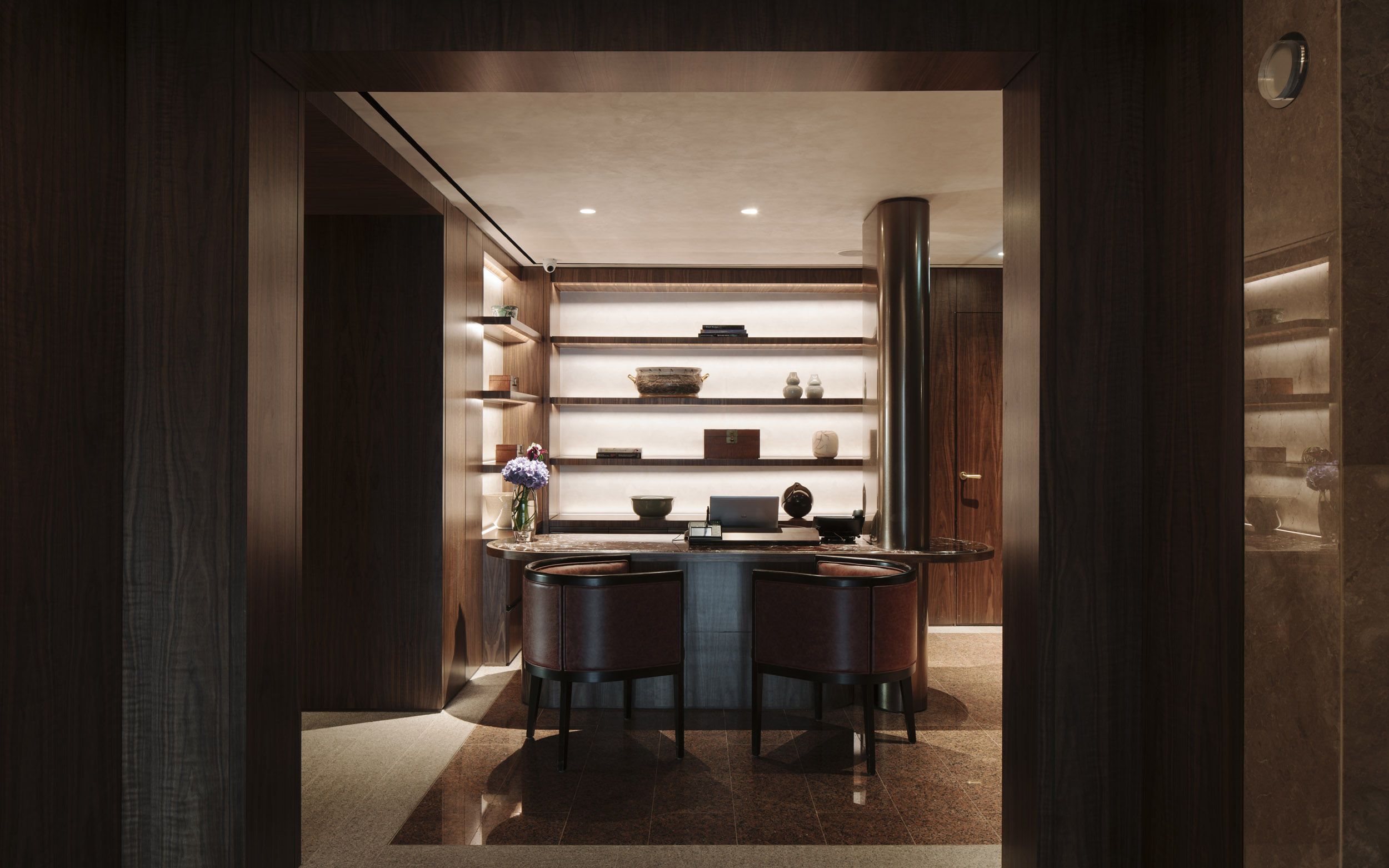 Client  Brewin Design Office  Project  Conrad Lounge  Location  Singapore  Year  2018