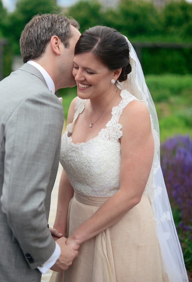 Real Wedding: Carol Hannah Kensington and custom llace
