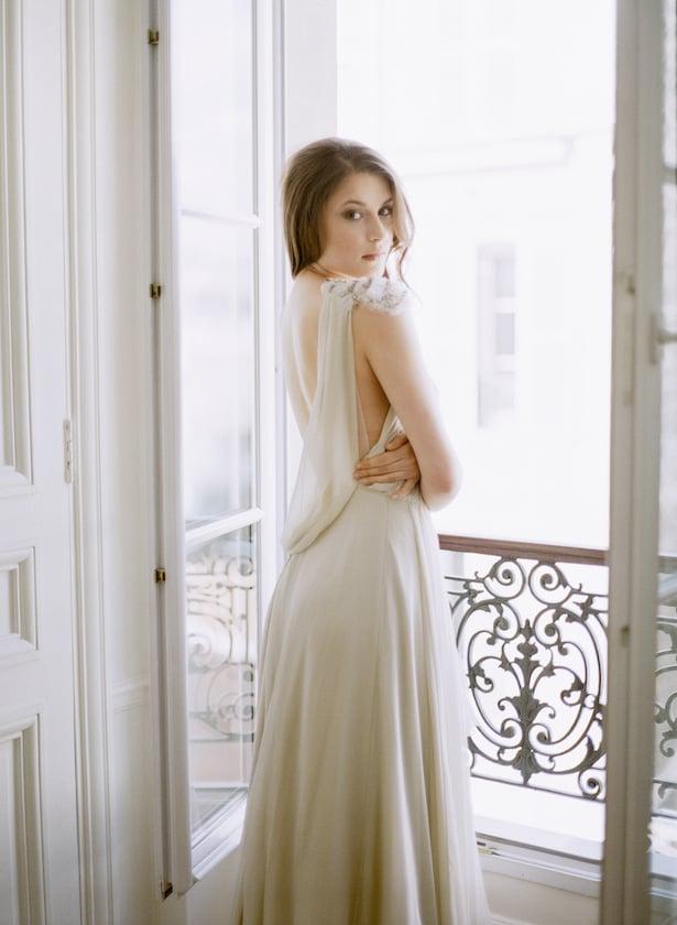 Paris Destination Wedding Photographer | Carol Hannah Le Lumiere Dress | photo by: ARTIESE
