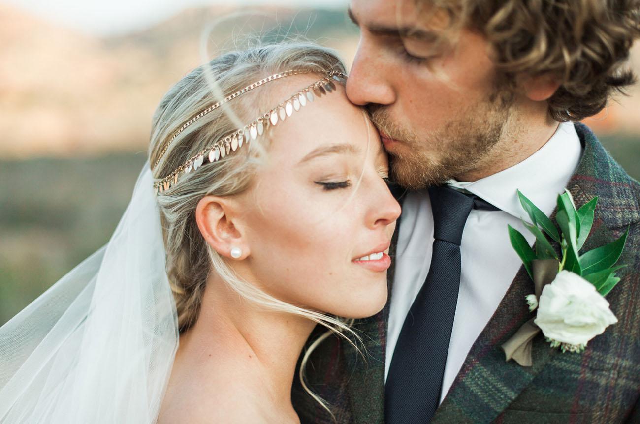 Carol Hannah Azurite Boho Winter Wedding-14.jpg