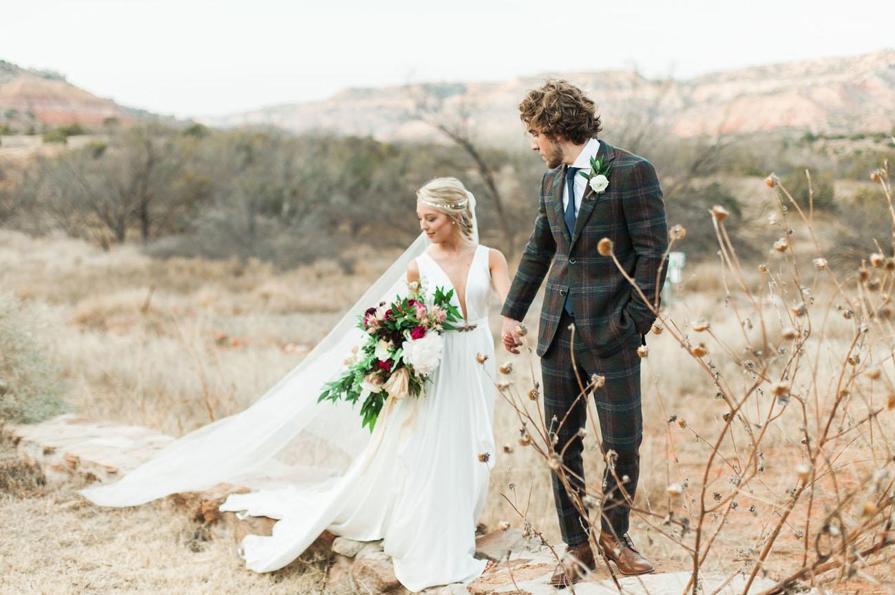 Carol Hannah Azurite Boho Winter Wedding-11.jpg