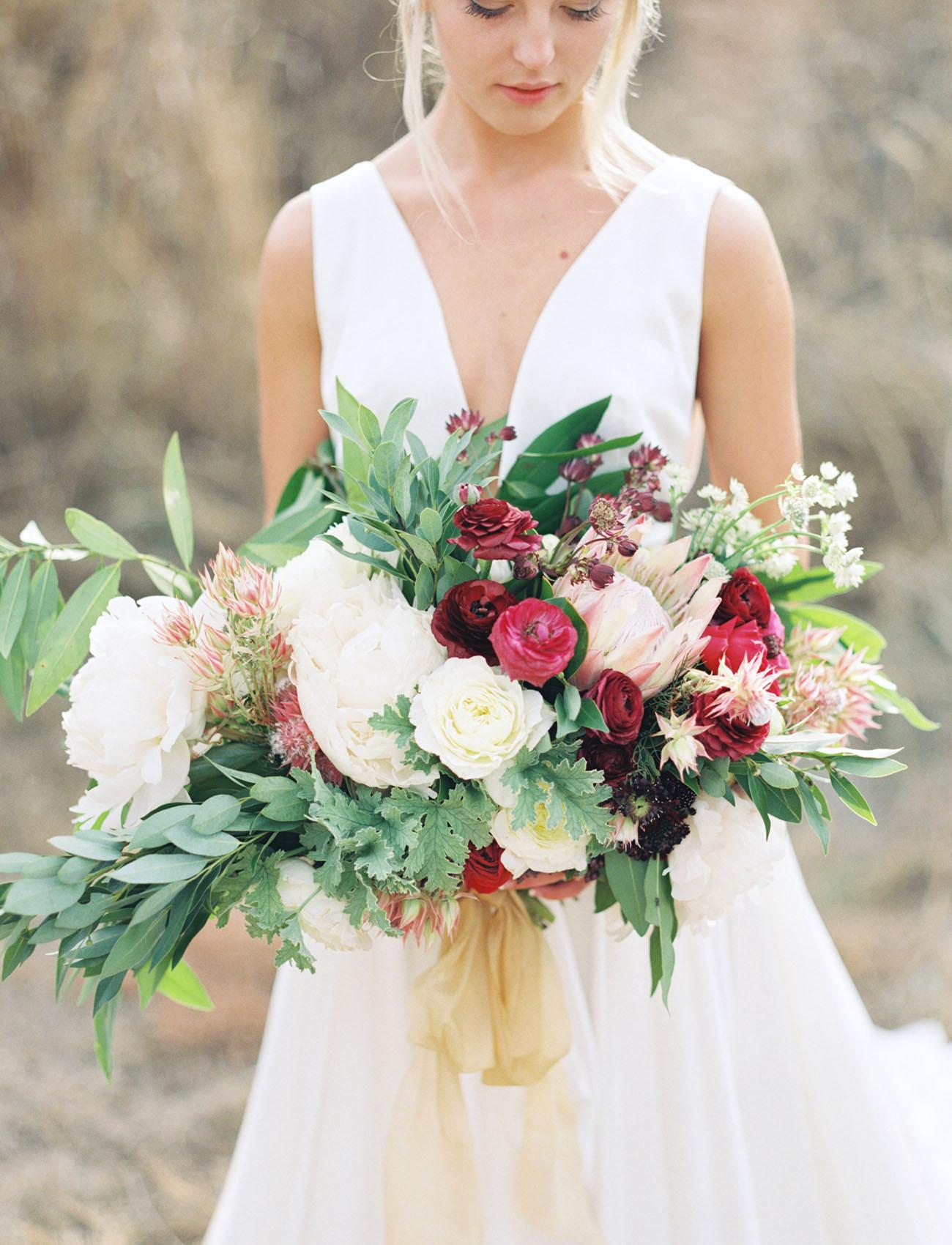 Carol Hannah Azurite Boho Winter Wedding-04.jpg